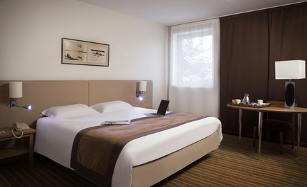 hotel mercure paris roissy charles de gaulle. Black Bedroom Furniture Sets. Home Design Ideas